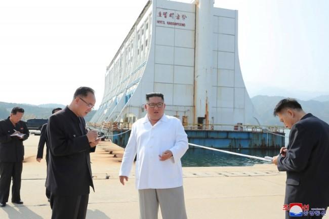 中国疫情失控 这回朝鲜小兄弟都要躲了