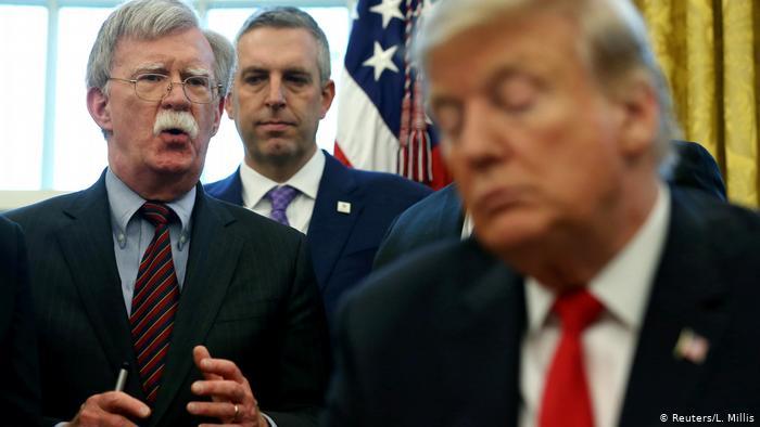 US-Präsident Trump mit Sicherheitsberater John Bolton (Reuters/L. Millis)