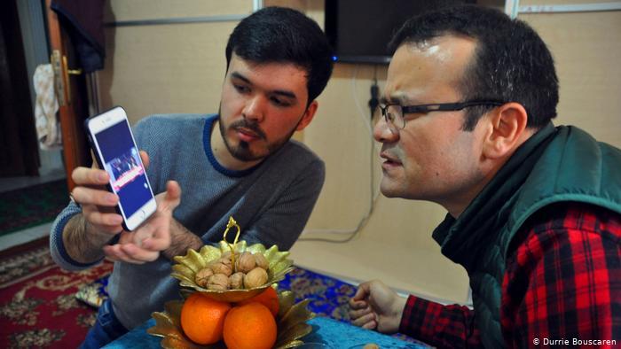 Türkei Ixkiyar Abdurehim mit Abduwelli Ayup (Durrie Bouscaren)