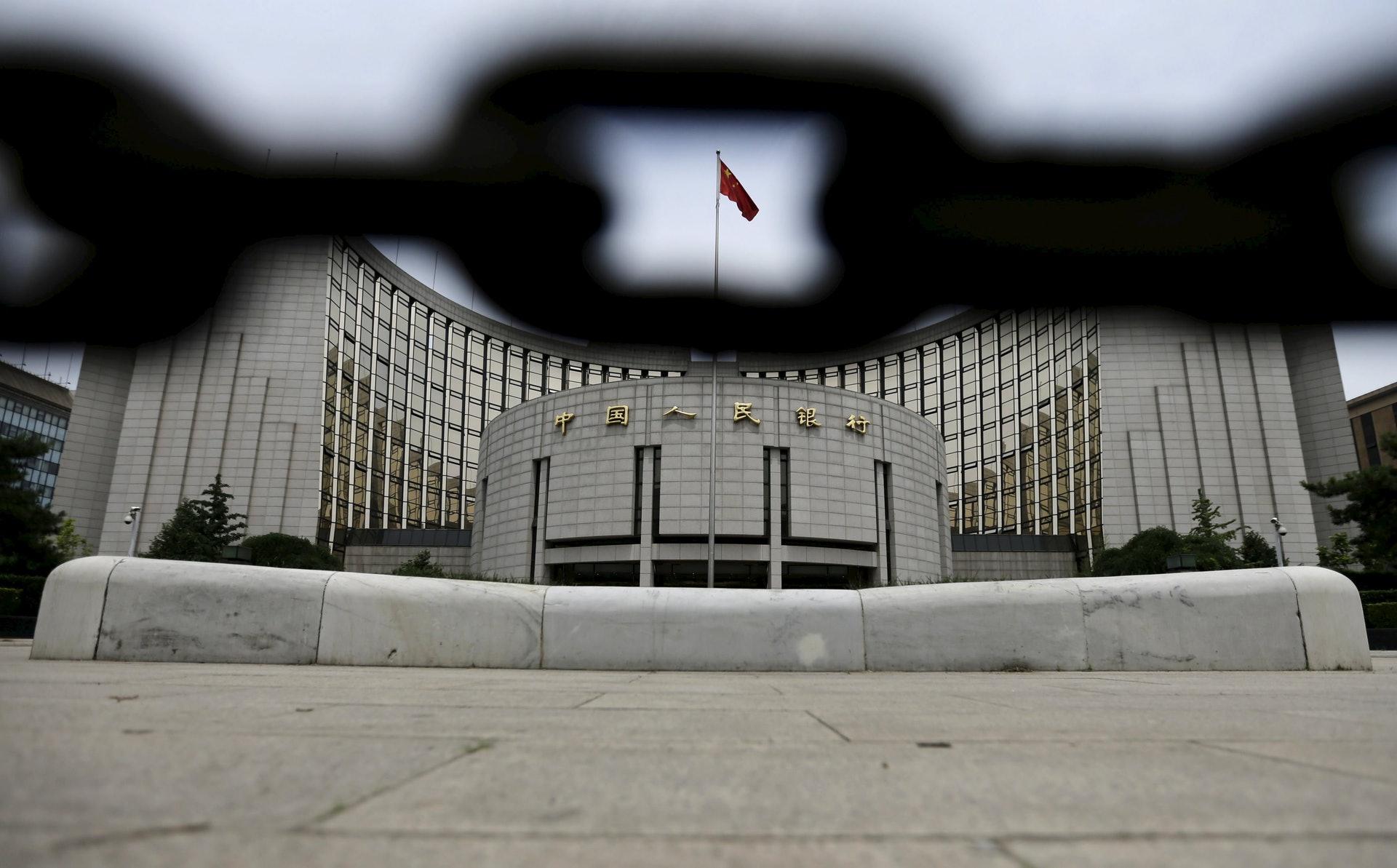 财政赤字货币化将挑战央行货币政策的独立性。(路透社)