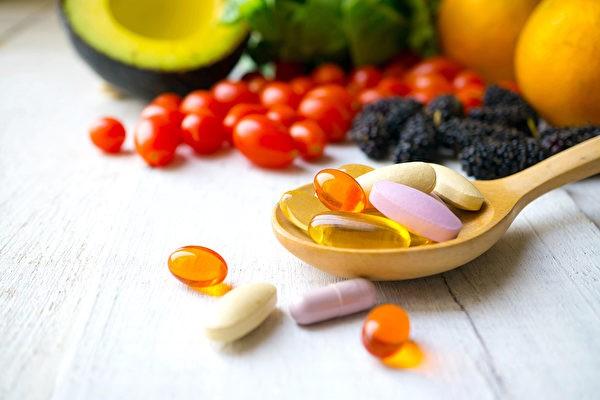 vitamin_1041373417-copy-600x400.jpg